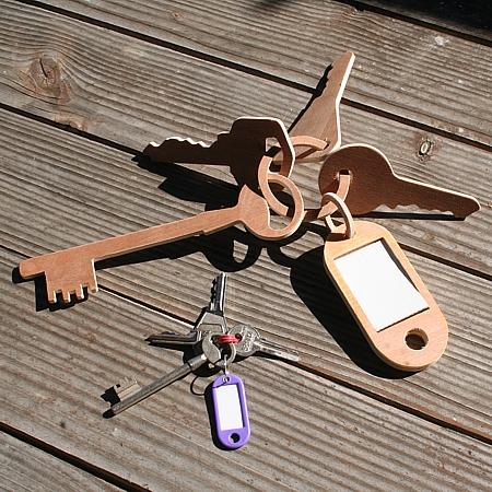 10-trousseau-clefs-geant.jpg