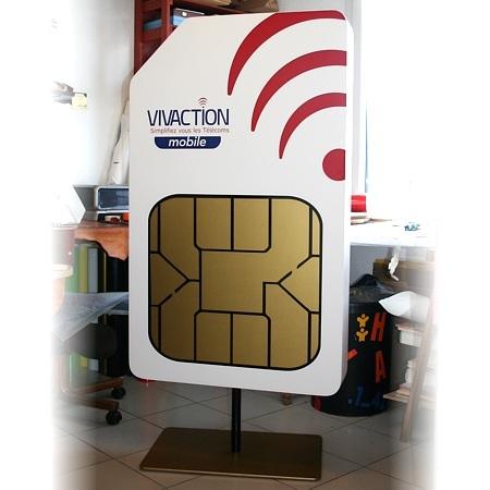 PLV-carte-SIM-geante-02.jpg